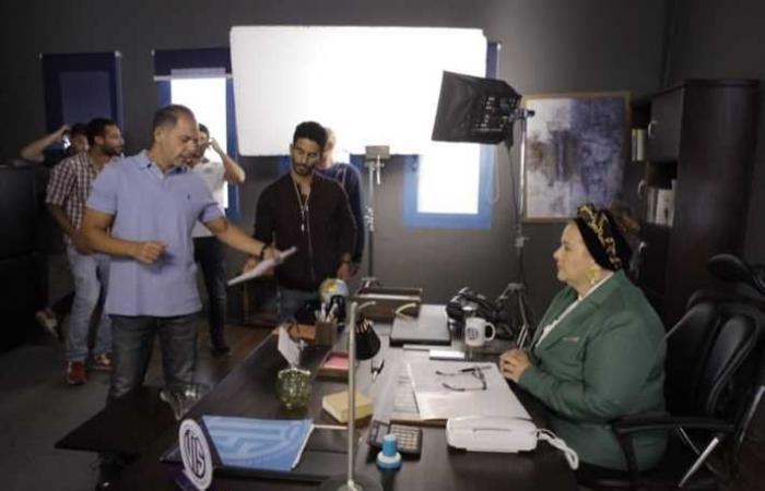 """بالصور.. عادل إمام يستأنف تصوير مسلسل """"فلانتينو"""" بعد غياب"""