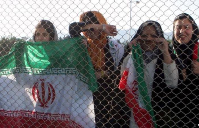 إيران   مشجعة إيرانية تحرق نفسها.. وموجة انتقادات ضد قمع النساء