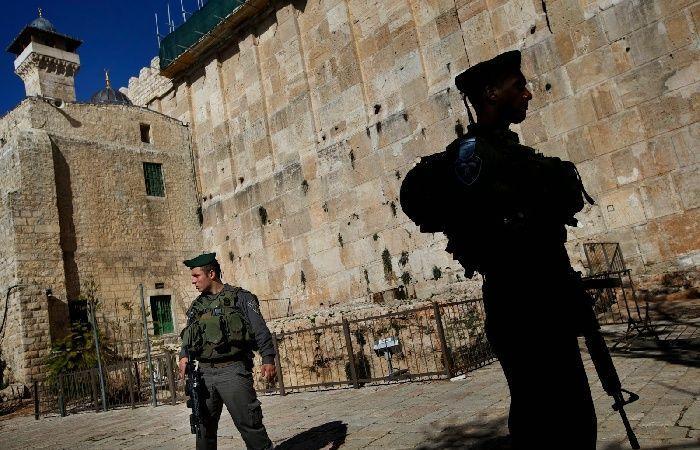 فلسطين   الأوقاف: أكثر من 22 اقتحاما للأقصى و51 منعا للأذان في الحرم الإبراهيمي