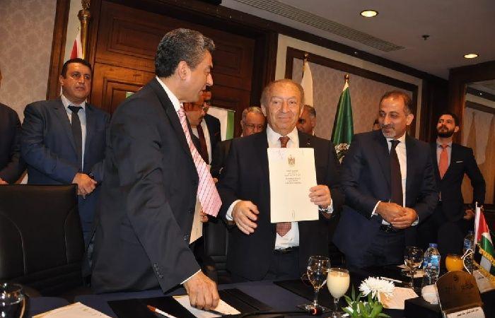 فلسطين | العسيلي يوقع عددا من مذكرات واتفاقيات تفاهم لدعم وتطوير الاقتصاد