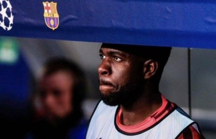 """أومتيتي يغادر معسكر """"الديوك"""" إلى برشلونة بسبب الإصابة"""