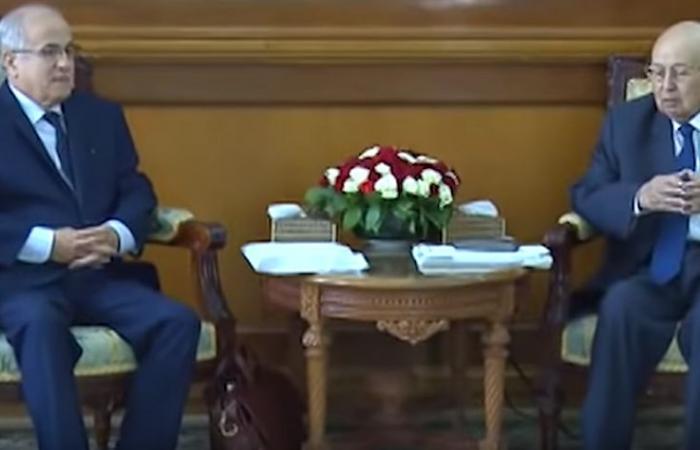الوساطة تقدم تقريرها لبن صالح وحديث عن رحيل حكومة بدوي