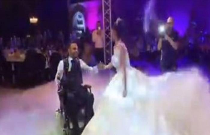 """زفاف يخطف الأضواء في برجا.. """"درس في الحبّ"""" (فيديو)"""