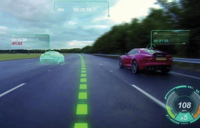 الزجاج الأمامي في السيارة.. شاشة ثلاثية الأبعاد