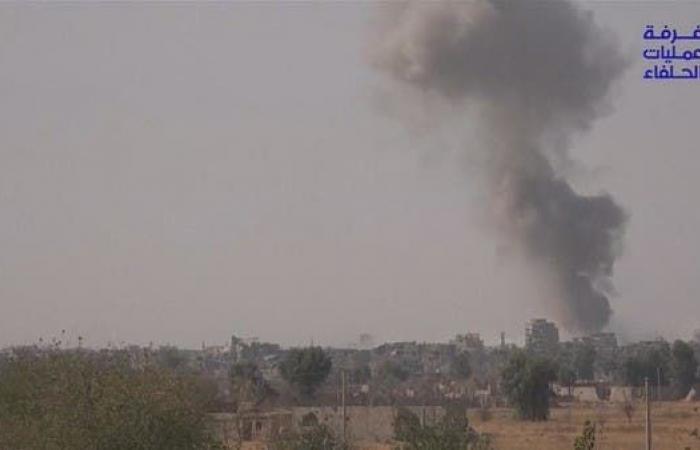 سوريا | سوريا.. 3 انفجارات بالبوكمال استهدفت مقار لميلشيات عراقية