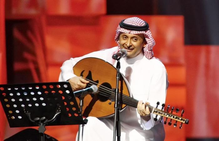 عبدالمجيد عبدالله يتجاهلُ تحذيرات الأطباء.. ويغامرُ بصحّته من أجل جمهوره!