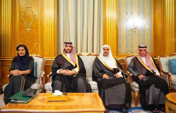 الخليح | محمد بن سلمان يلتقي رئيس وفد القيادات المسيحية الإنجيلية