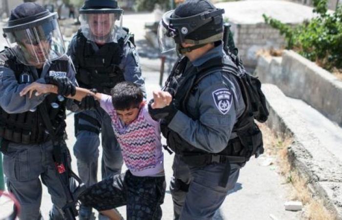 فلسطين | غرامات تجاوزت 22 ألف شيقل بحق الأسرى الأطفال خلال آب الماضي