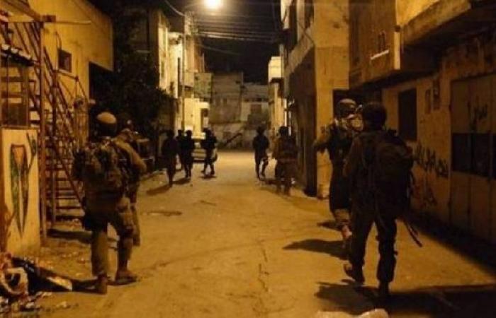 فلسطين | جيش الاحتلال يعتقل 7 فلسطينيين من أنحاء متفرقة بالضفة