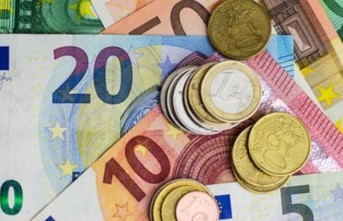 إذا كنتم ستسافرون إلى أوروبا؟ إليكم سعر اليورو الجديد!