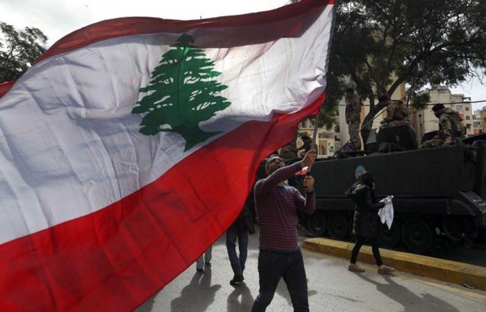 """شبكة أمان """"غربية"""".. """"لبنان لن يسقط"""""""