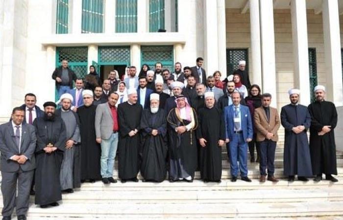 الخليح | فيصل بن معمر: ثقة عالمية بدور مركز الحوار بتعزيز السلام