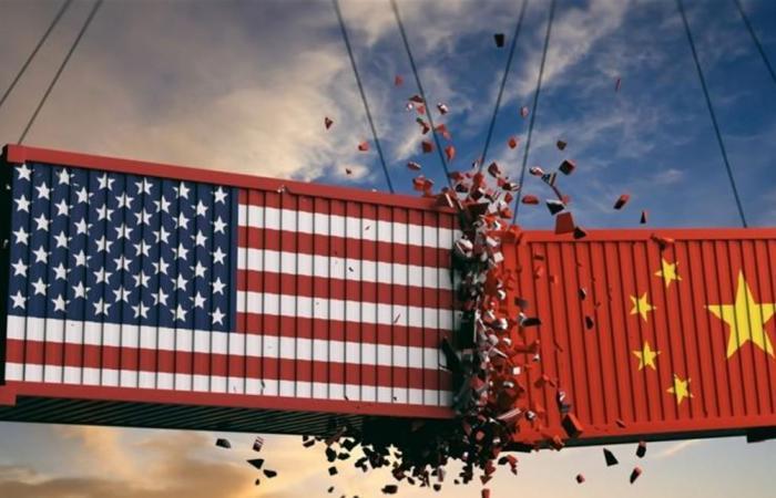 بادرة حسن نية.. ترامب يرجئ العمل بزيادة الرسوم الجمركية على واردات صينية