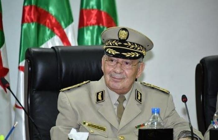 قايد صالح: إما أن تكون مع الجزائر أو مع أعدائها