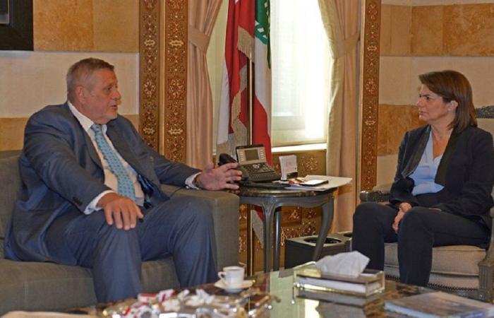 الحسن عرضت مع كوبيش التطورات على الساحة اللبنانية