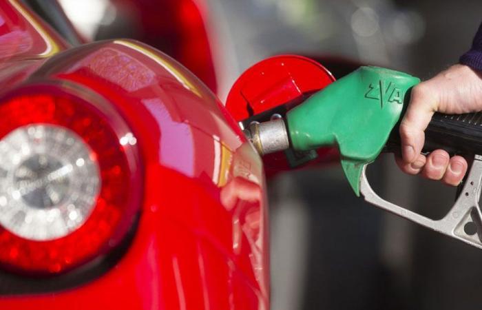 اضراب عام في قطاع النفط واقفال محطات البنزين