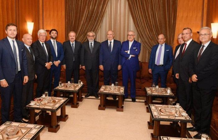 مخزومي من إيطاليا: أوروبا حريصة على استقرار لبنان