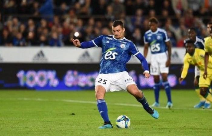 ستراسبورغ يحقق فوزه الاول في الدوري الفرنسي على حساب نانت