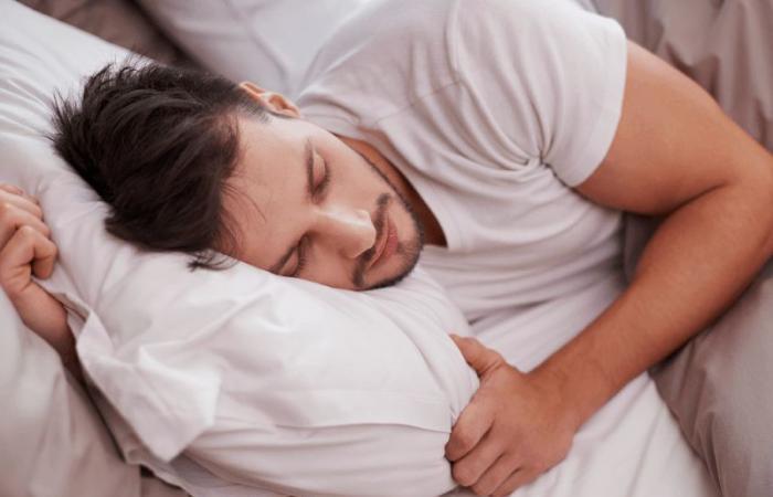 قيلولة النهار تحميك من النوبات القلبية والسكتات الدماغية