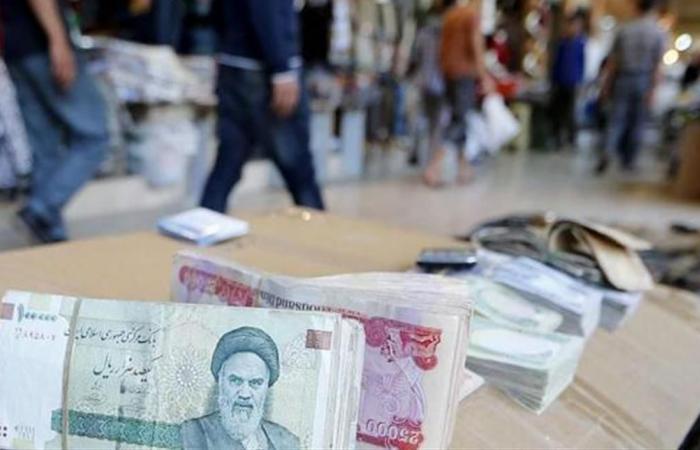 واشنطن تقطع الشريان المالي الأخير لإيران .. وطهران: 'لا جديد'!