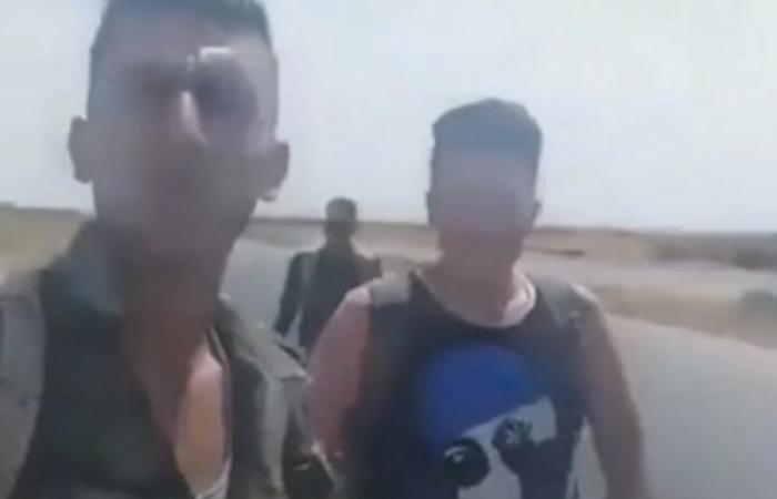 سوريا | مشهد مذل لعناصر قوات الأسد: 'العسكري كلب حقو نص فرنك ما حدا بيوقفلو '