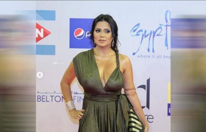 بعد فستانها الجريء... رانيا يوسف بإطلالة ثانية! (صور)