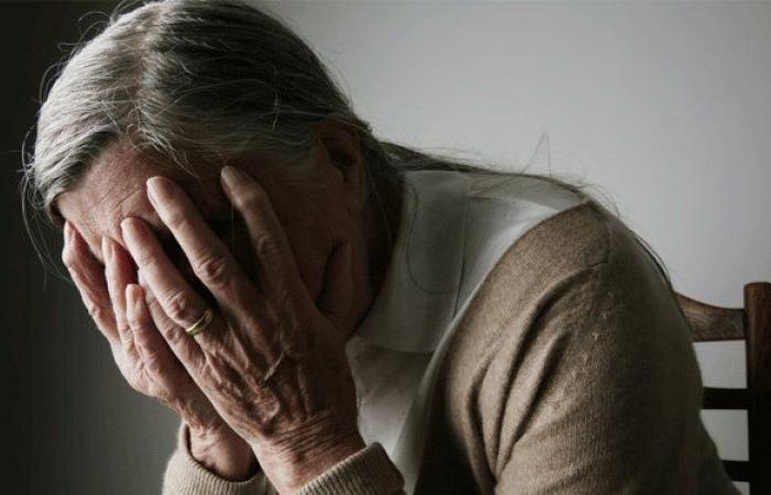 30 ألف حالة في لبنان في اليوم العالمي للألزهايمر: لا علاج إلا الحبّ!
