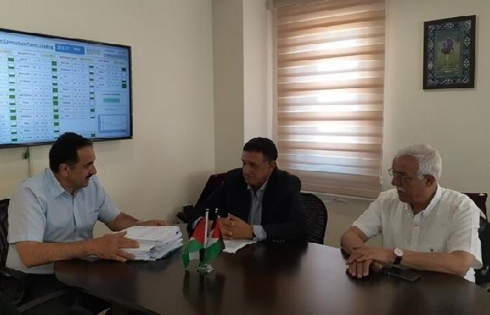فلسطين | ملحم يبحث مع شركة القدس تداعيات القرار الإسرائيلي بقطع التيار الكهربائي