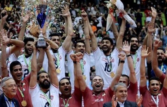 منتخب إيران يتوج ببطولة آسيا لكرة الطائرة