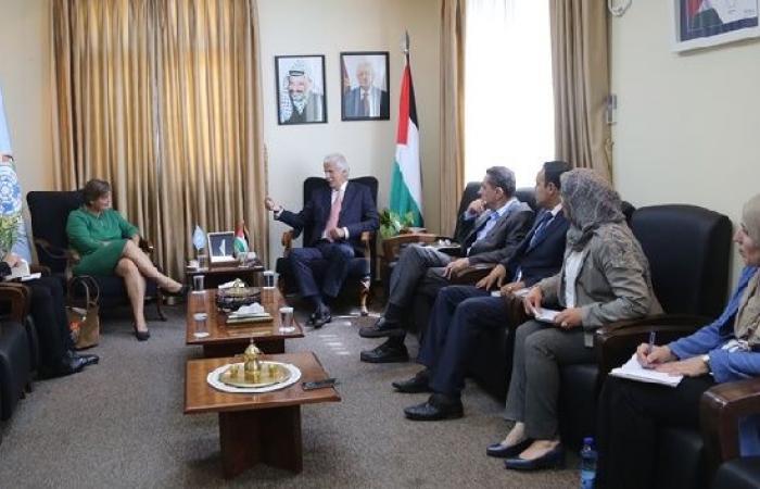 فلسطين   وزير التربية: خطوات دعم التعليم في القدس متواصلة