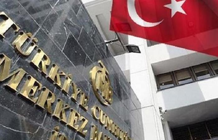 المركزي التركي يلمح إلى المزيد من خفض الفائدة