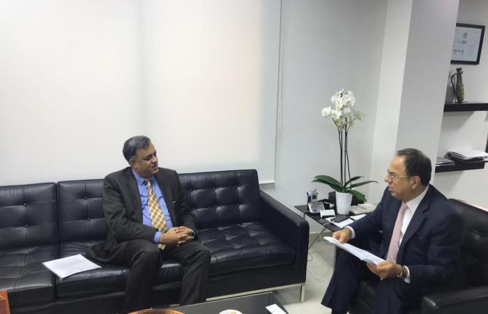 بطيش بحث وسفير الهند في العلاقات الاقتصادية