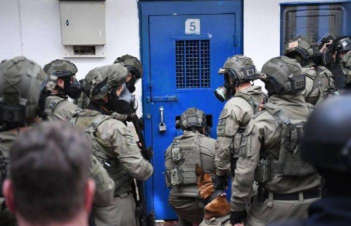 فلسطين | هيئة الأسرى تحذر من تفاقم الوضع الصحي للأسير المريض كمال أبو وعر