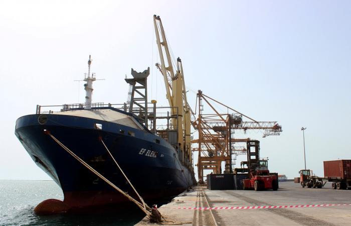 اليمن | حكومة اليمن تطالب الأمم المتحدة بحسم قضية موانئ الحديدة