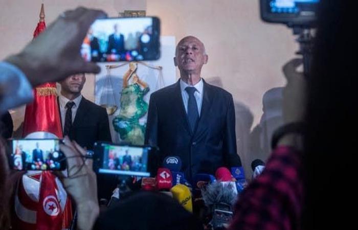 هيئة انتخابات تونس: قيس سعيد حصل على نحو 73% من الأصوات