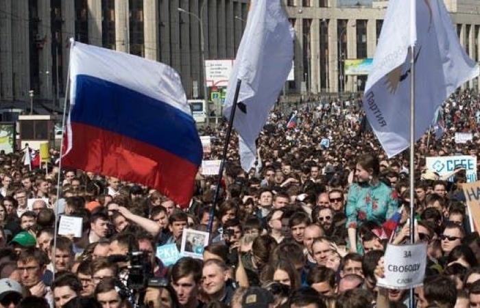 """على خطى الصين.. روسيا تنشئ شبكة إنترنت """"محاطة بجدار"""""""