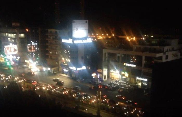 بالفيديو: مواكب سيارة مؤيدة للثورة من الدورة إلى جونية