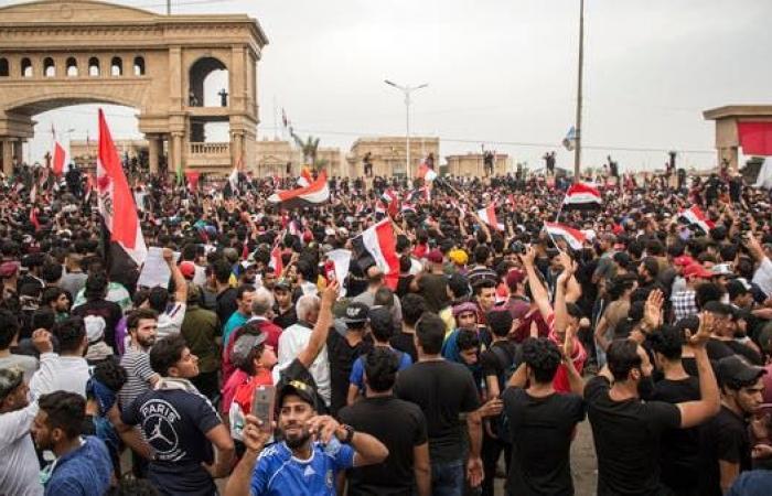 العراق | العراق.. مقتل 4 متظاهرين وجرح 60 في اشتباكات البصرة
