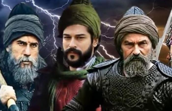 """بوراك أوزجيفيت يكشفُ سبب مشاركته في """"قيامة عثمان"""" ويُسعد جمهوره!"""