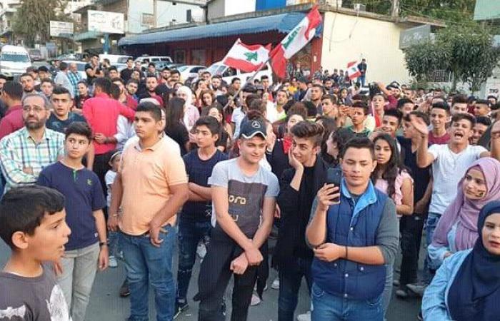 طلاب ومتضررون من مطمر سرار انضموا إلى اعتصام حلبا