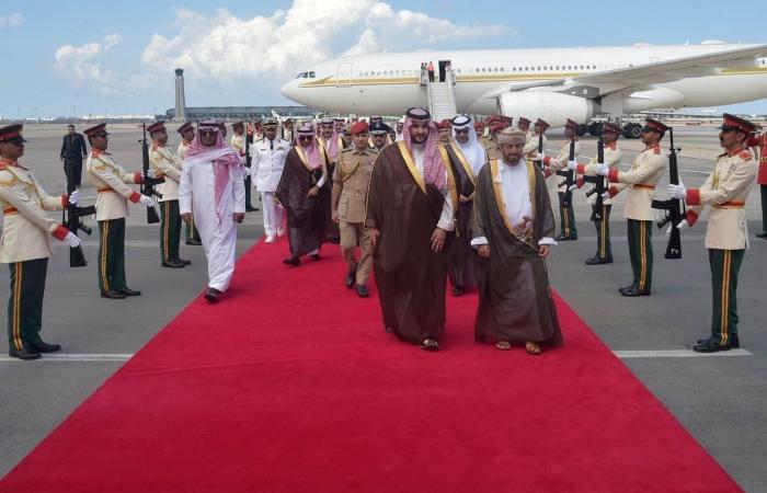 الخليح | الأمير خالد بن سلمان في مسقط لبحث مجالات التعاون