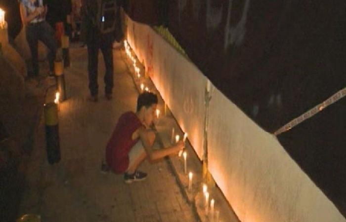 """إضاءة الشموع أمام """"كهرباء لبنان"""""""