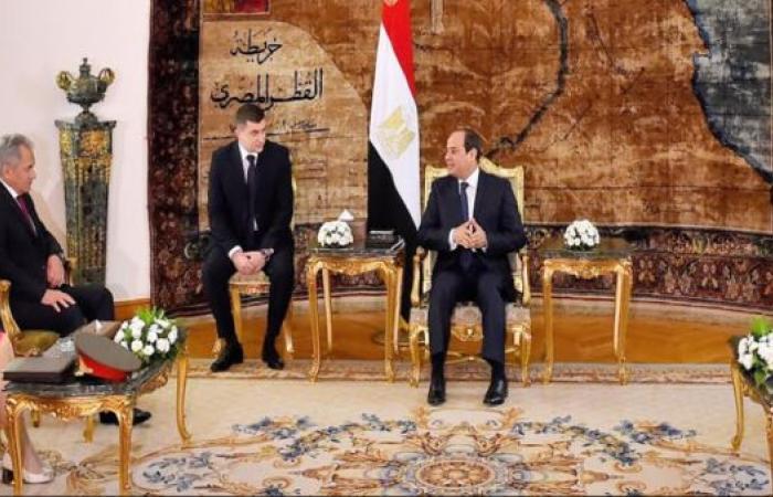 مصر | السيسي يبحث مع وزير دفاع روسيا العلاقات العسكرية الثنائية