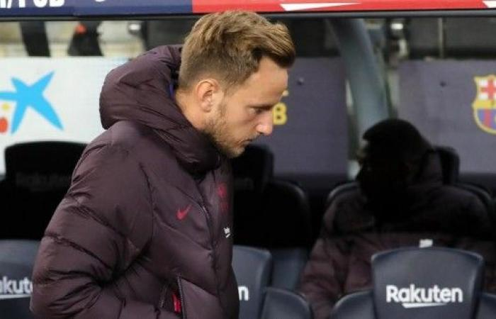 برشلونة يعلن عن تعرض راكيتيتش لإصابة قوية