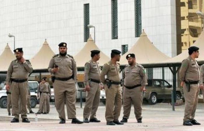 الخليح | شرطة الرياض تلقي القبض على طاعن الفرقة المسرحية
