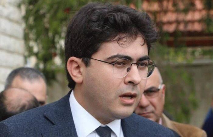 خوري: يبقى تمسك عون بسياسة الحوار الأساس
