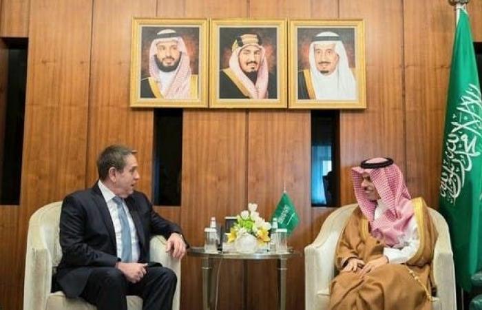 الخليح   وزير خارجية السعودية يبحث مع سفير روسيا العلاقات بين البلدين