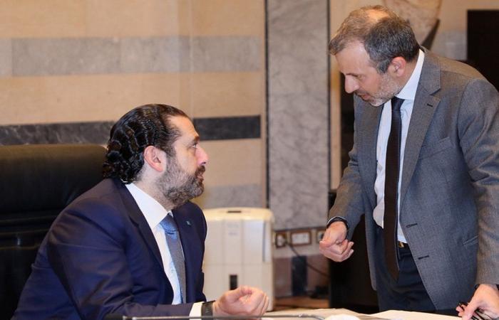 """""""الكلام الرئاسيّ زاد من تمسّك الحريري على """"حكومة بلا باسيل""""!"""