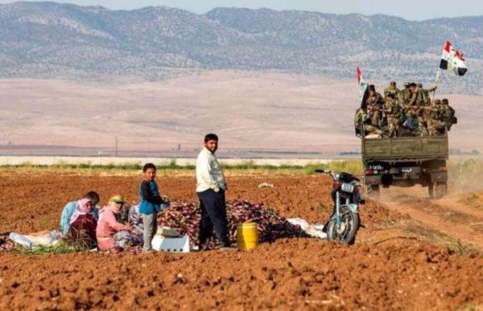 الدولار بـ717 ليرة سورية.. متى يتوقف الانهيار؟