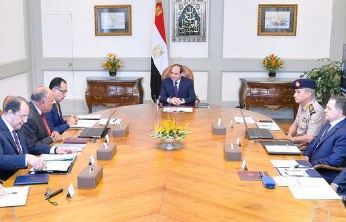 مصر | السيسي يجتمع بمسؤولين أمنيين لبحث مكافحة الإرهاب